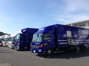 YAMAHA_factory_racing_team_